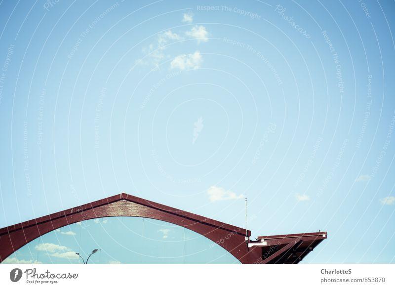 Heaven's Gate Ferien & Urlaub & Reisen Ferne Freiheit Luft Wetter Schönes Wetter Holz Glas träumen blau rot Spanien Reflexion & Spiegelung Laternenpfahl Wolken