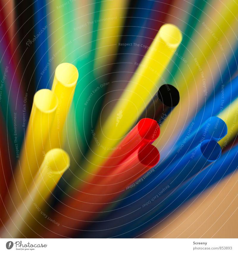 Halme ohne Stroh #1 Trinkhalm rund blau gelb grün rot schwarz Partystimmung Farbfoto mehrfarbig Makroaufnahme Menschenleer Tag Schwache Tiefenschärfe