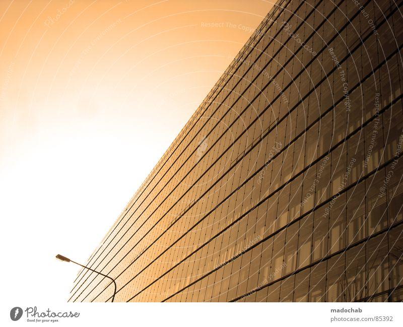 ...TO ME Himmel Stadt blau Wolken Haus Fenster Leben Architektur Gefühle Gebäude Freiheit fliegen oben Arbeit & Erwerbstätigkeit Wohnung Design