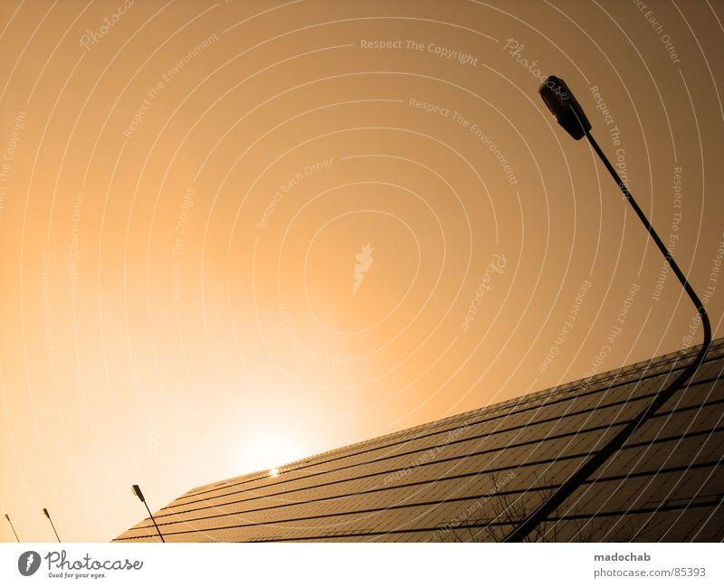HEAVEN IS A PLACE ON EARTH Himmel Stadt blau Wolken Haus Fenster Leben Architektur Gebäude Freiheit fliegen oben Arbeit & Erwerbstätigkeit Wohnung Design Wetter