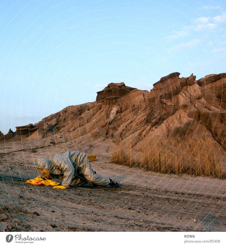 grau™ is a can-i-vore. Himmel Freude gelb dreckig Erde mehrere Kommunizieren Bodenbelag Wüste Maske Hügel Anzug viele Paradies Planet