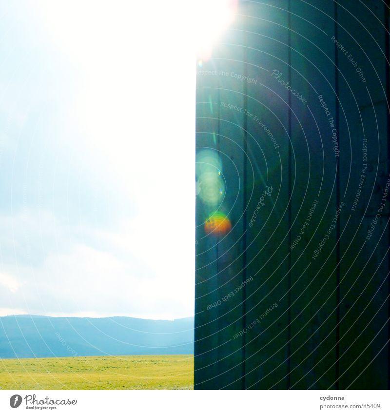 Raumteiler intensiv Licht blenden Färbung Lichtbrechung Frühling aufwachen Himmel wahrnehmen schön Gefühle Feld Landwirtschaft Wolken Wiese Silhouette Erholung