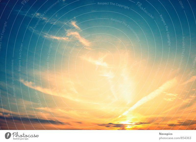beautiful sunset Sonne Landschaft Himmel Wolken blau rot Sonnenuntergang orange zyan Cirrus landscape sky clouds blue red light Farbfoto Außenaufnahme