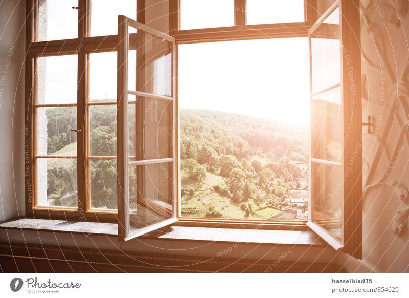 Fern.Blick Natur Ferien & Urlaub & Reisen Sommer Sonne Erholung ruhig Freude Ferne Fenster Berge u. Gebirge Gesundheit Glück Garten Freiheit hell Raum