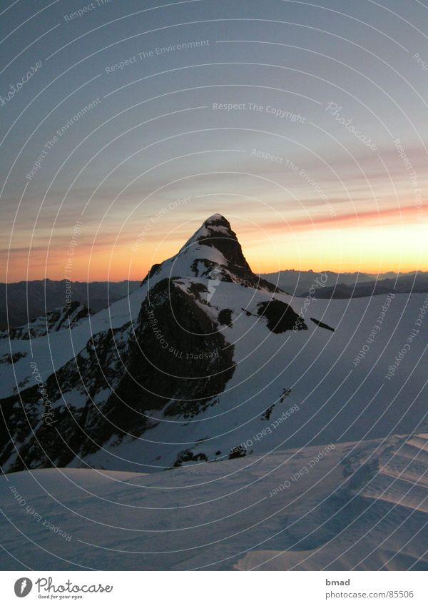 Morgenstimmung Wiesbachhorn Hohen Tauern NP Winter Bergsteigen Berge u. Gebirge wiesbachhorn Morgendämmerung Alpen Schnee
