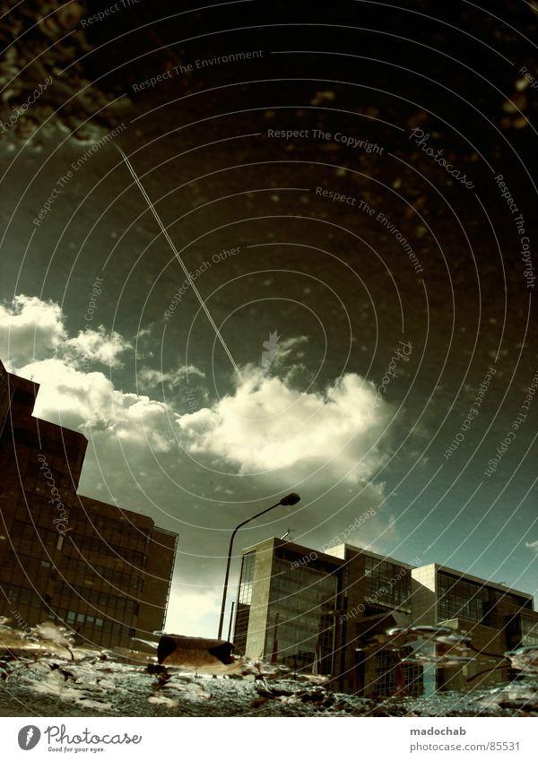 OLDSCHOOL-SKILL Himmel Stadt blau Wasser Blatt Wolken Haus dunkel Fenster Straße Leben Architektur Traurigkeit Herbst Gebäude Freiheit