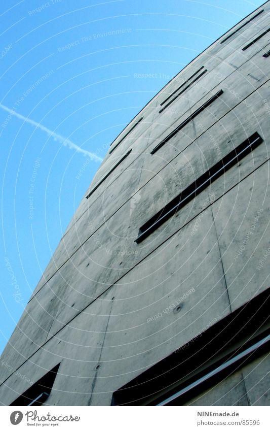 Briefkasten III Betonklotz grau Rechteck Haus Karlsruhe kalt 8 Fenster eckig Eis Stadtteil grausam Bürogebäude Industrie Deutschland ohne Schnirkel kimsey
