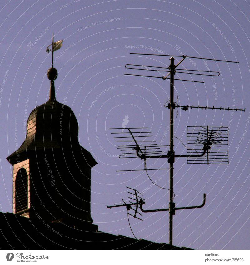 Radio Vatikan Religion & Glaube Telekommunikation Medien Information Fernsehen Begrüßung Antenne Verständnis Gotteshäuser Kirchturm begreifen Wetterhahn