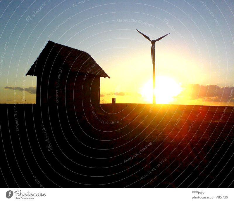 ^. Y Sonnenuntergang Sonnenaufgang Hügel Windkraftanlage Warmes Licht Abend Gegenlicht Triebwerke Romantik schwarz kreisen Hochspannungsleitung Morgen Kraft
