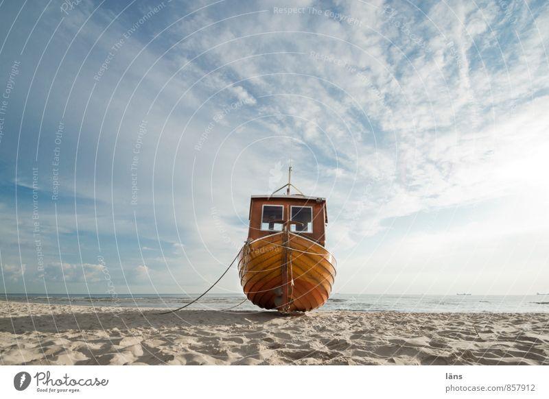 der Tag beginnt Ferien & Urlaub & Reisen Tourismus Ausflug Freiheit Sommer Sommerurlaub Strand Meer Insel Fischereiwirtschaft Fischerboot Himmel Wolken