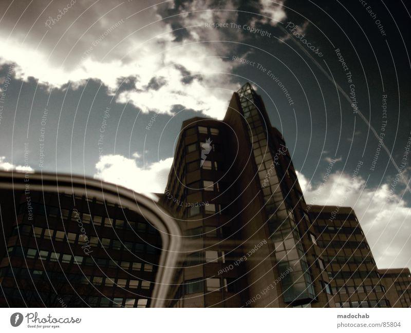 DEUTSCHES FABRIKAT Himmel Stadt blau schön Sonne Wolken Haus dunkel Fenster kalt Straße Wärme Leben Architektur Traurigkeit Herbst