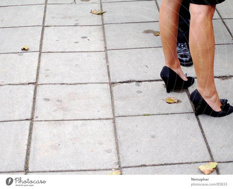 London Legs Frau Herbst Beine Fuß Arbeit & Erwerbstätigkeit Schuhe Bekleidung Herbstlaub Wade