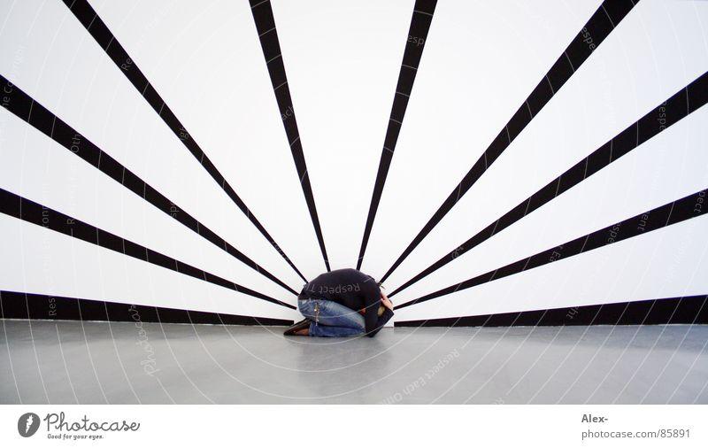 verstrahlt ziehen Strahlung Sonnenaufgang Sonnenuntergang Wand bemalt rollen Angst Problematik Sorge Panik Ausstellung Messe gefährlich untertauchen lydia