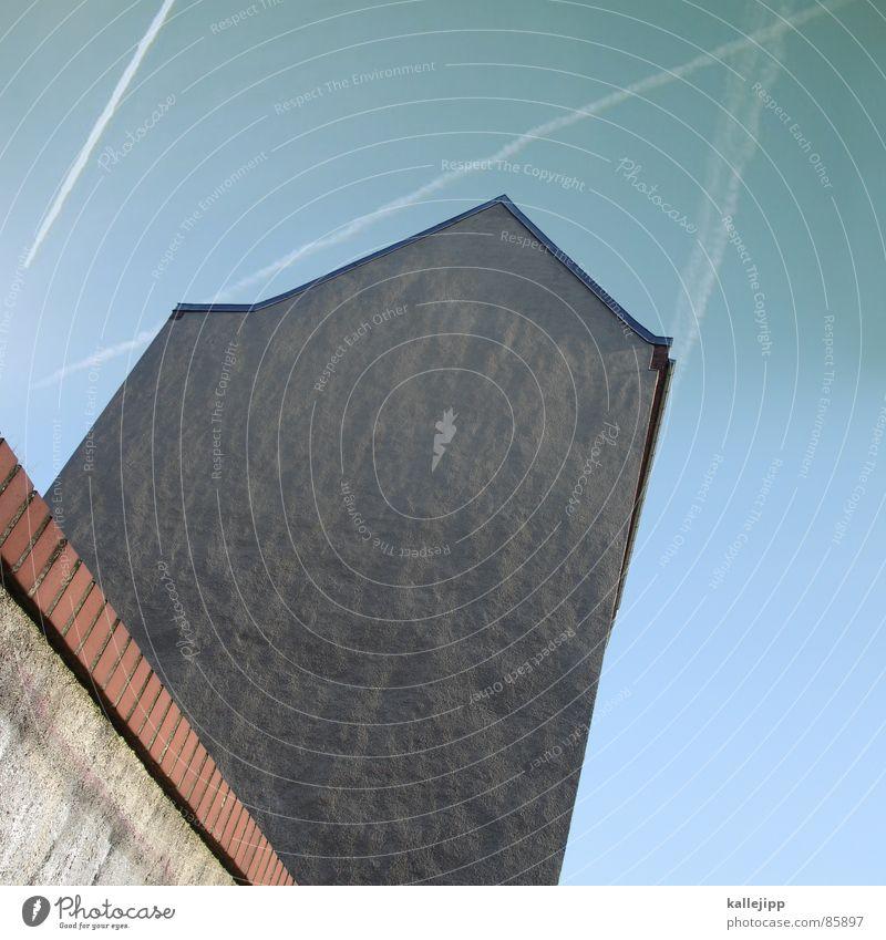 dachspitze Haus Wand Mauer Architektur Flugzeug Dach Pfeil Weltall UFO Astronaut Abdeckung Kondensstreifen Brandmauer Wellblech Pankow