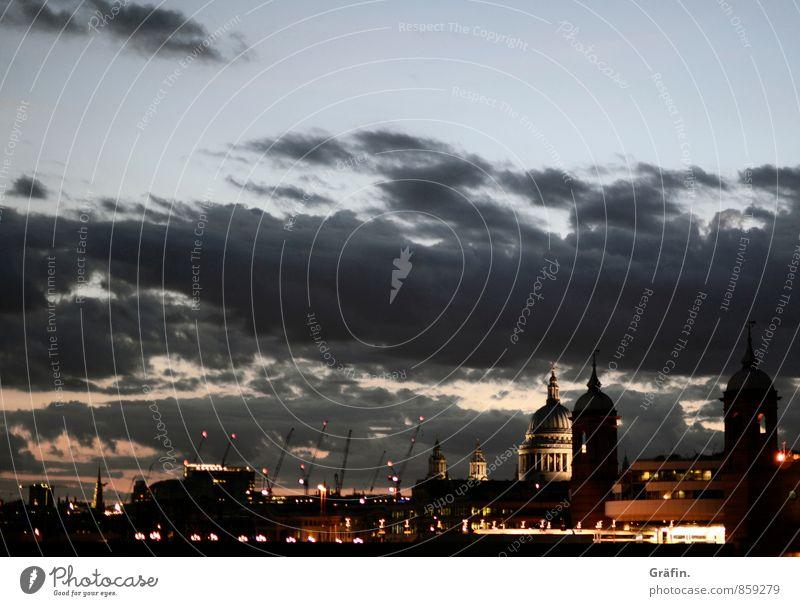 Night over London Ferien & Urlaub & Reisen blau Stadt rot Haus schwarz Gebäude braun Horizont Tourismus Kirche Kitsch Bauwerk entdecken Skyline Fernweh