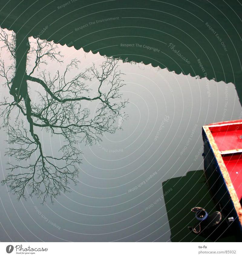 Baum Boot Wasser Himmel Wasserfahrzeug Fluss Spiegel Teile u. Stücke Bach Verschiedenheit Venedig verkehrt