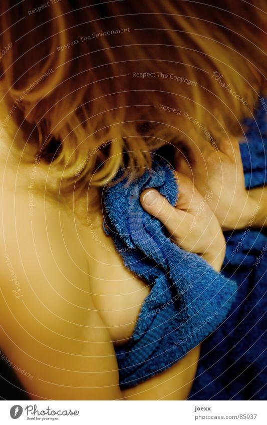 Geh weg! Mensch Frau nackt Hand Erwachsene feminin klein Denken Haare & Frisuren Kopf Angst elegant blond Haut weich Freundlichkeit