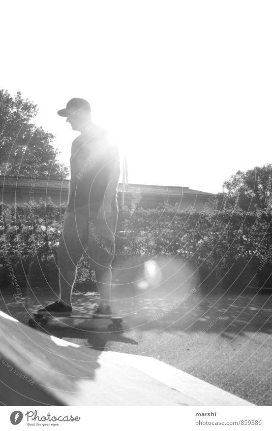 Longboarden Lifestyle Freizeit & Hobby Sport Sportler Mensch maskulin Mann Erwachsene 1 30-45 Jahre Mode Bekleidung T-Shirt Hut Gefühle Stimmung Skateboarding