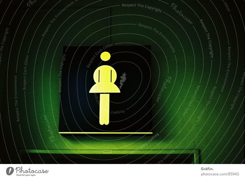 Musst du mal? Frau grün Beleuchtung Schilder & Markierungen Toilette Dame Hinweisschild Messe Lagerhalle Neonlicht Ausstellung Hannover urinieren Örtlichkeit Piktogramm müssen