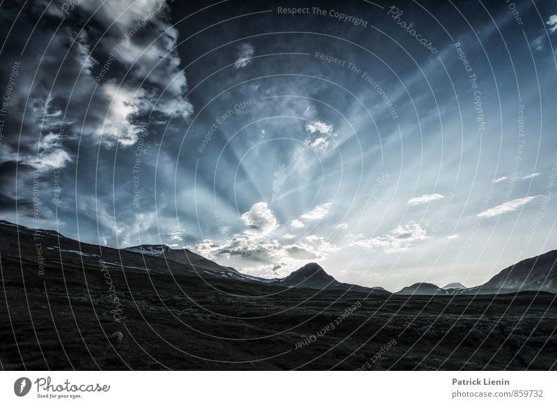 Midnight Sun Himmel Natur Ferien & Urlaub & Reisen Pflanze Einsamkeit Landschaft Wolken Ferne Umwelt Berge u. Gebirge Freiheit Felsen Luft Erde Tourismus