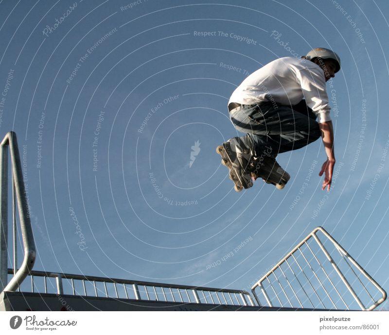 skatesession Mensch Himmel Sport Gefühle Bewegung Stil Wärme Freizeit & Hobby hoch Aktion fahren fantastisch Leidenschaft Schweben Dynamik leicht