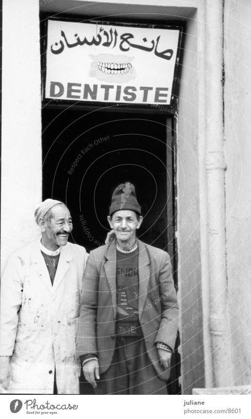 marrakech Zahnarzt Marokko Mann Mensch