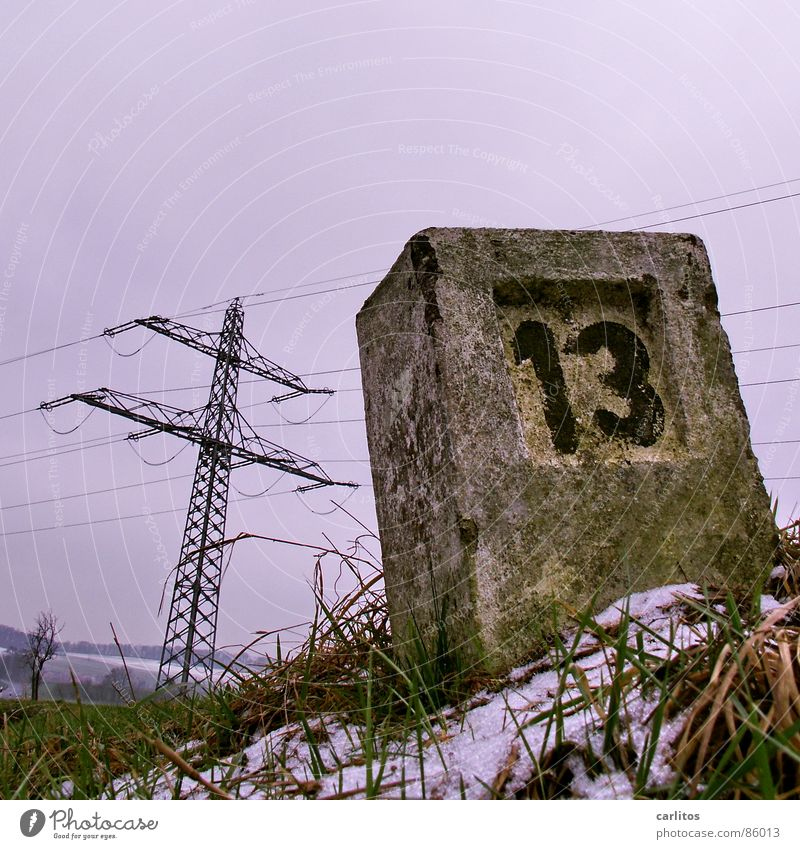 Jim Knopf und die wilde 13 Winter Schnee Spielen Gras Schilder & Markierungen verrückt Elektrizität Ziffern & Zahlen Trauer Neigung Verzweiflung Desaster kahl