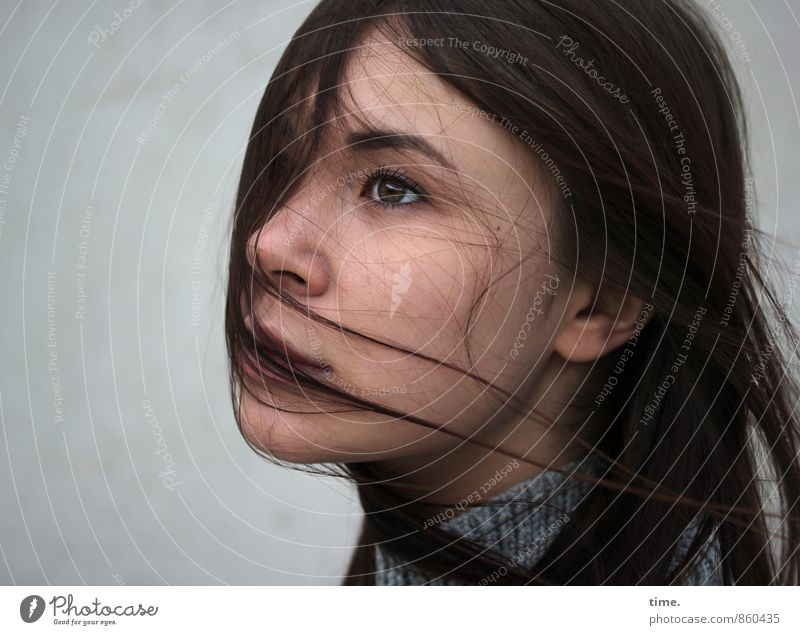 Yuliya Mensch Jugendliche schön 18-30 Jahre Erwachsene Leben Gefühle feminin Glück träumen elegant Zufriedenheit Wind ästhetisch Ewigkeit Schutz