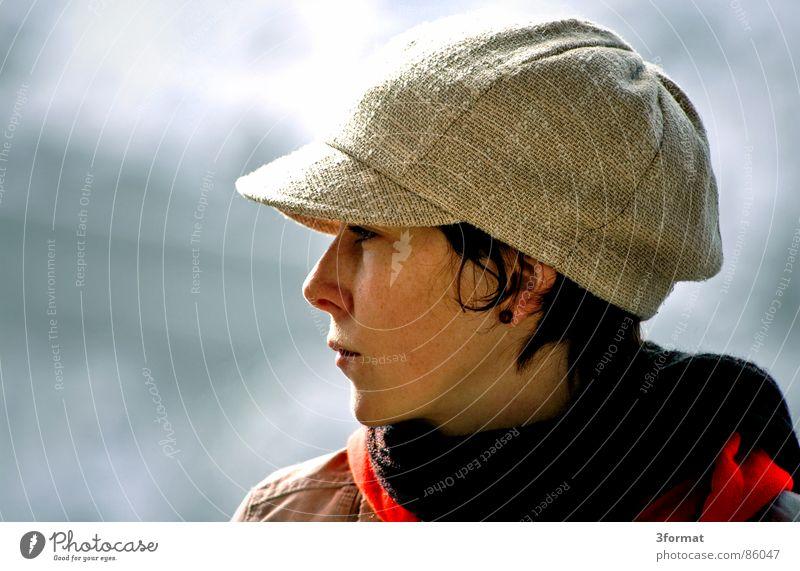 profil Frau Gesicht ruhig Freiheit Mund Perspektive nah Mütze Ohrringe vertraut Baseballmütze