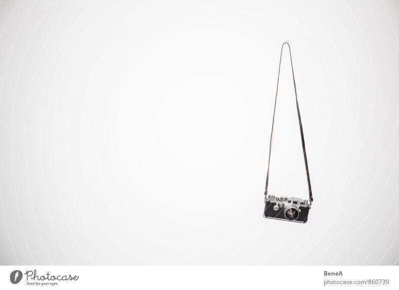 An den Nagel hängen alt Erholung Metall elegant Glas Fotografie Vergänglichkeit Coolness retro Fotokamera analog Videokamera Fotografieren
