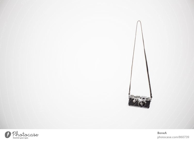 An den Nagel hängen Fotografie Fotokamera Leica Objektiv klassisch analog Videokamera Fototechnik Glas Metall alt Bekanntheit Coolness elegant retro