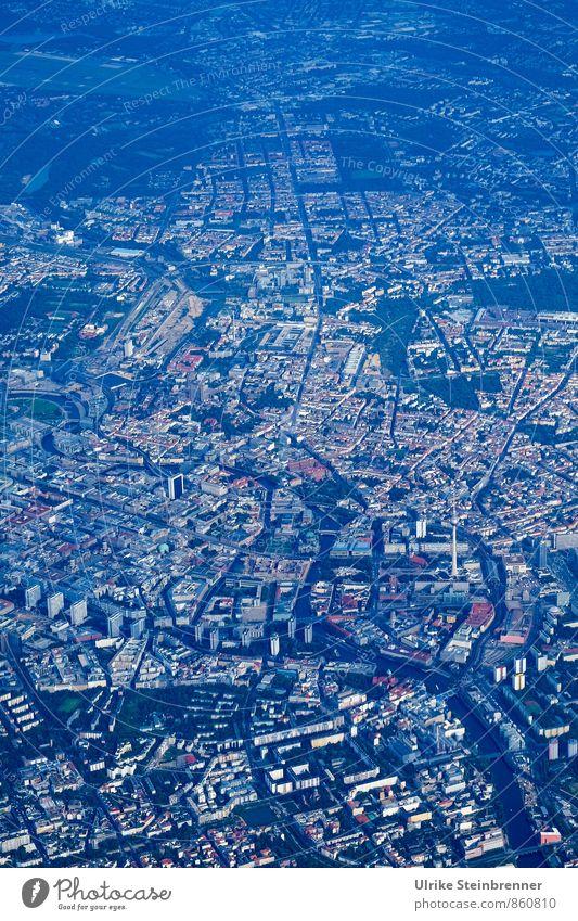 Kreuzweise | Längs Stadt Straße Wege & Pfade Gebäude Berlin fliegen Deutschland modern Luftverkehr Verkehr Hochhaus Perspektive Platz planen entdecken unten