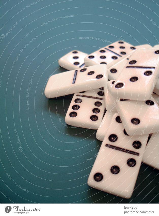 Domino weiß grün Spielen planen Freizeit & Hobby Spielzeug Dominosteine Gesellschaftsspiele
