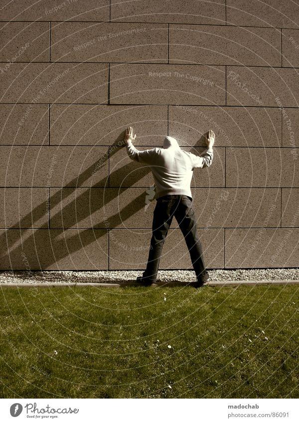 SCHULDIG Mensch Natur alt grün Hand Wand Wiese Gras Hintergrundbild Mauer Spielen grau Stein Linie Ordnung Dekoration & Verzierung
