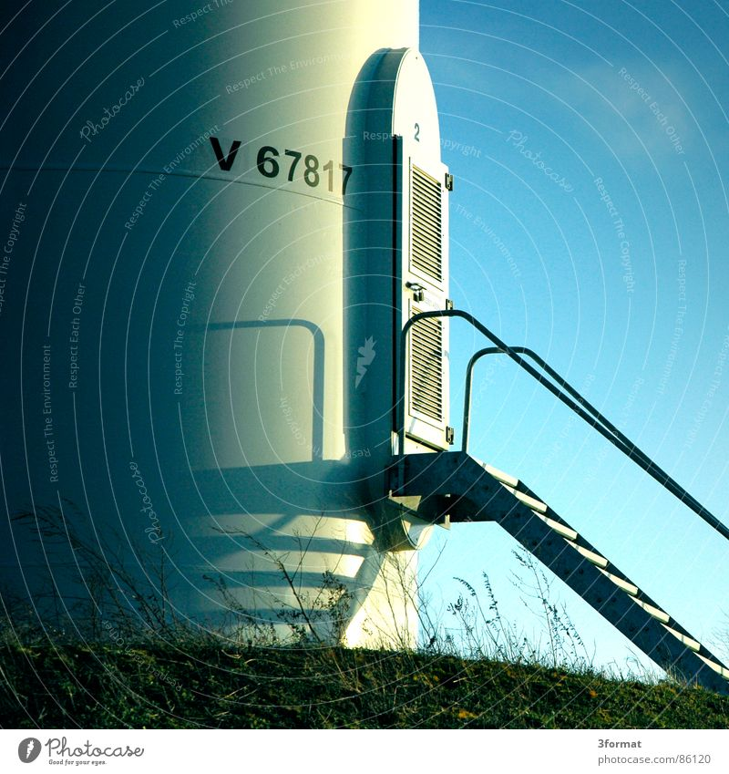 windkraft02 Natur Himmel Sonne Bewegung Kraft Tür Wind Umwelt Kraft Treppe Energiewirtschaft Elektrizität Turm Windkraftanlage Dynamik Eingang