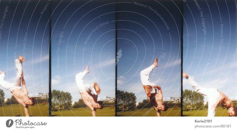 Capoeira Moves Philosophie Schönes Wetter Akrobatik Spielen 4 Fotos in einem grüne wiese Kraft