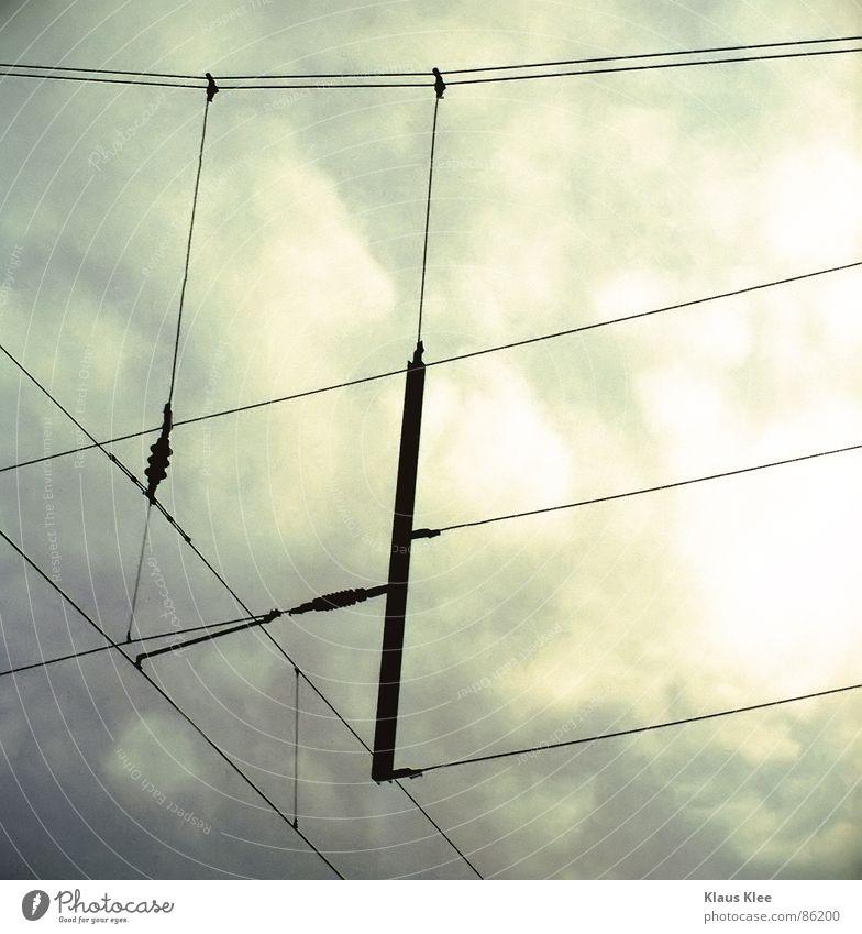 strokes Himmel schwarz Linie Elektrizität Ecke Kabel Technik & Technologie Oberleitung Elektrisches Gerät Altokumulus Bahnanlage