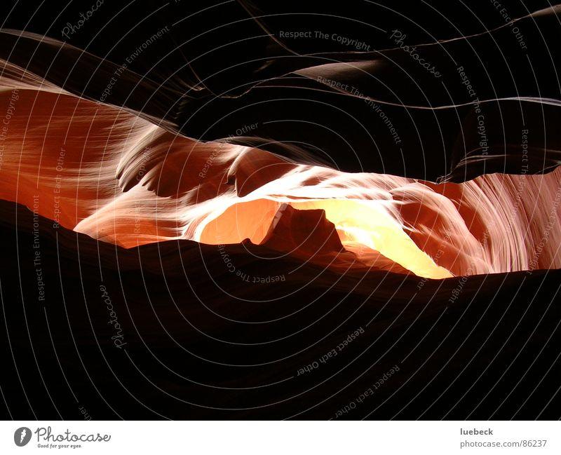 Antelope Canyon, Arizona, USA Natur hell Beleuchtung Umwelt Amerika eng Schlucht Lichtspiel Lichtbrechung Nationalpark Wildnis Lichteinfall Naturphänomene