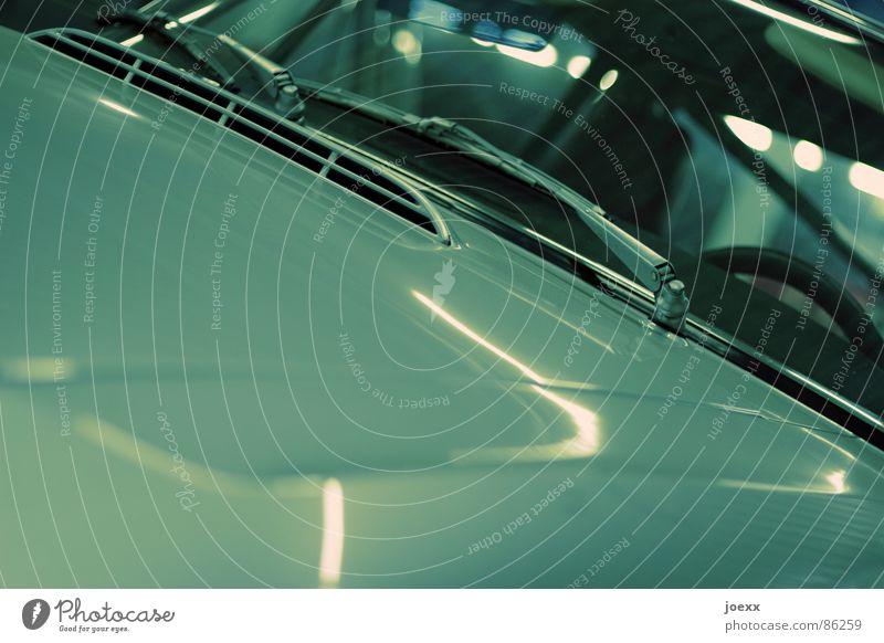 1300 alt PKW Technik & Technologie Garage Straßenverkehr Lack Sanieren Oldtimer Chrom Windschutzscheibe Motorhaube Elektrisches Gerät Lenkrad Abstellplatz Scheibenwischer