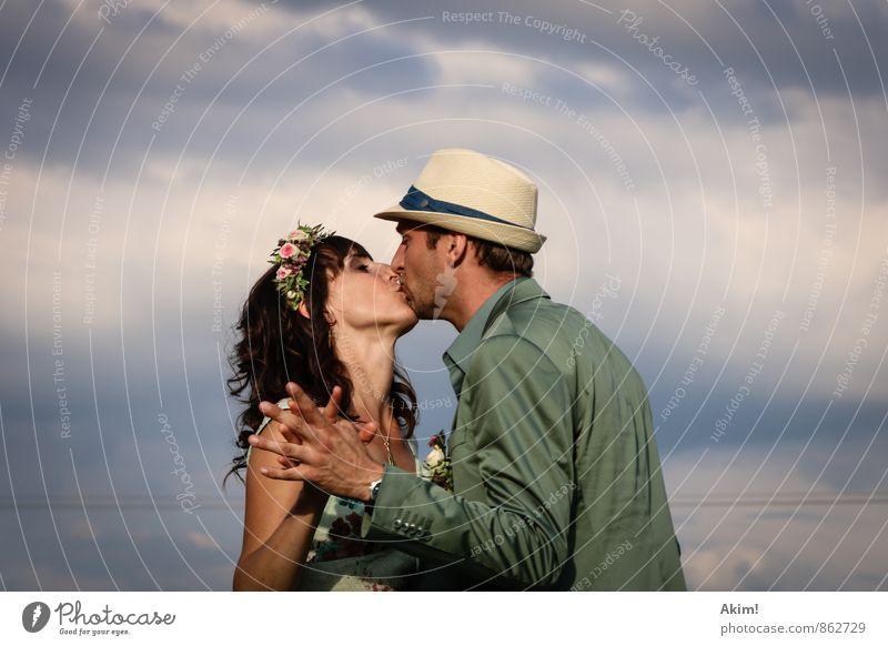 Liebe Mensch Jugendliche Junge Frau Freude 18-30 Jahre Junger Mann Erwachsene Gefühle feminin natürlich Glück Feste & Feiern Paar maskulin Zusammensein