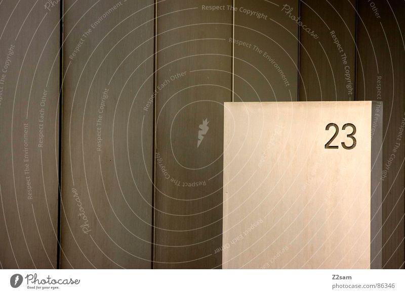 23 Ziffern & Zahlen Hausnummer Eingang Bronze sehr wenige graphisch Geometrie Stil Architektur grafiert dreiundzwanzig Stein Metall einfach Linie number modern