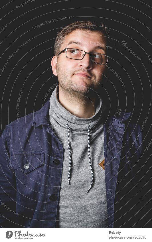 Tagtraum Mensch Jugendliche Mann blau 18-30 Jahre Junger Mann schwarz Erwachsene grau Denken träumen maskulin nachdenklich Brille Verstand Hemd
