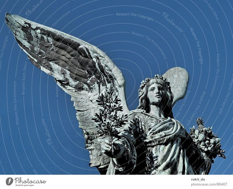 Hallo Engel Deutschland Erfolg Macht Frieden Statue dick Denkmal Wachsamkeit Krieg Skulptur Wahrzeichen Pokal laut Blech Rhein