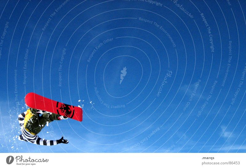 Turn Farbfoto Außenaufnahme Textfreiraum rechts Textfreiraum oben Textfreiraum unten Tag Stil Schnee Berge u. Gebirge Sport Wintersport Sportveranstaltung
