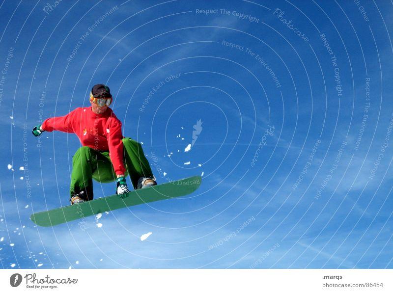 Pose Farbfoto mehrfarbig Außenaufnahme Textfreiraum rechts Textfreiraum oben Textfreiraum unten Tag Schnee Sport Wintersport Snowboard Wolken Bewegung springen