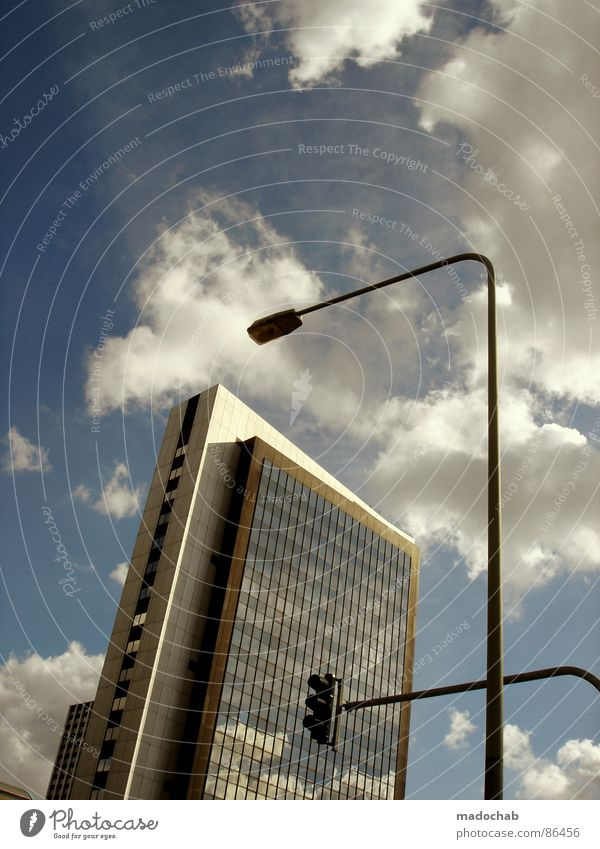 PLAYSTATION 4 Himmel Stadt blau Wolken Haus Fenster Leben Architektur Gebäude Freiheit fliegen oben Arbeit & Erwerbstätigkeit Wohnung Design Wetter