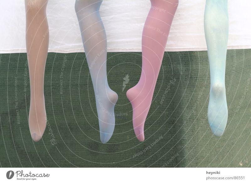 nylons Beine Tanzen Bekleidung mehrfarbig Strukturen & Formen Strümpfe Strumpfhose Anordnung Frauenbein