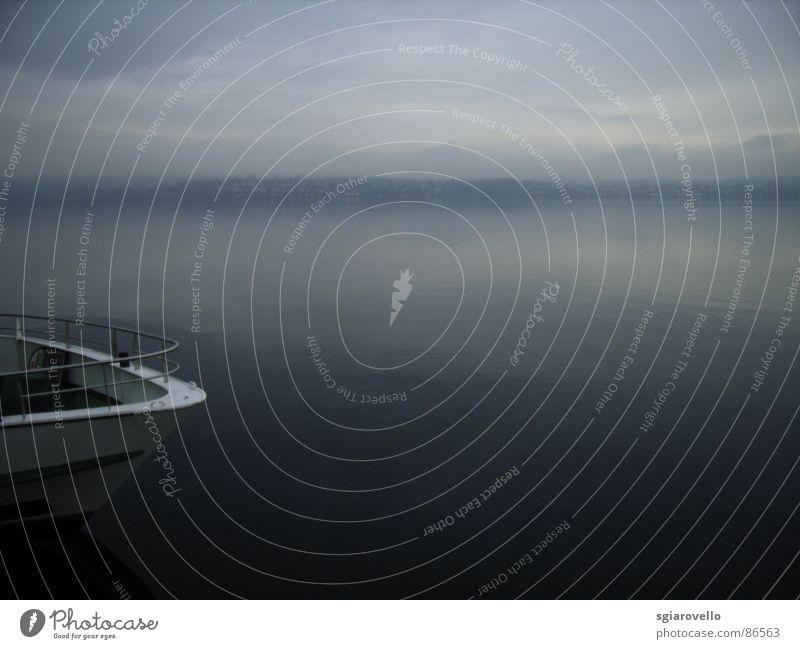 Fährschiff am Bodensee Wasser See Wasserfahrzeug Hafen Fähre Dock Schiffsrumpf
