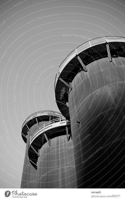 ... nicht drängeln! Architektur Metall Turm Industrie historisch Industriefotografie Bauwerk Konstruktion Eisen Behälter u. Gefäße industriell Plattform