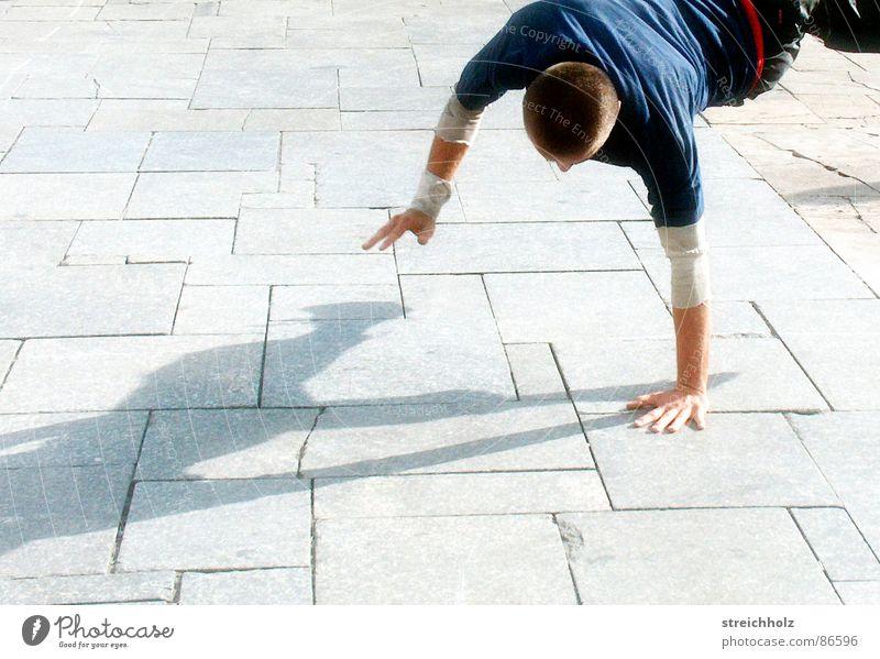 Breakdance Freude Tanzen Freizeit & Hobby Schnur genießen Tänzer Lebensfreude harmonisch Lust Begeisterung rollen hüpfen Hiphop Breakdancer einheitlich
